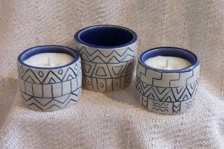 Holly bowls